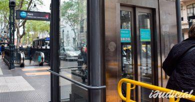 Metrovías deberá afrontar una millonaria multa por mal estado de los accesos para discapacitados
