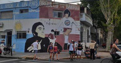 Villa General Mitre y La Paternal: Proponen que una calle se llame Maradona y crear un centro turístico en su memoria